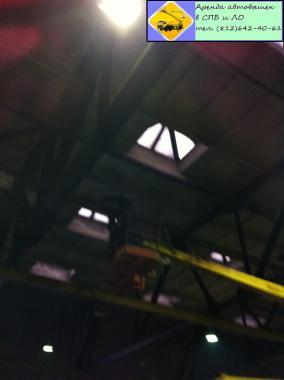 Замена ламп в рем. зоне Аренда автовышки (812) 642-40-61